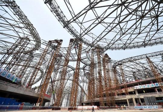 Novo Aeroporto Internacional de Pequim: Construção da estrutura de aço